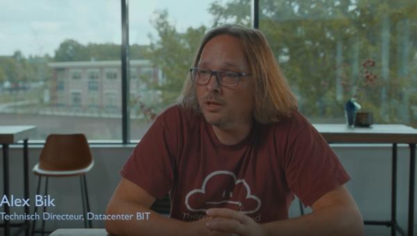 Wat gaat het datacenter uit aan restwarmte?