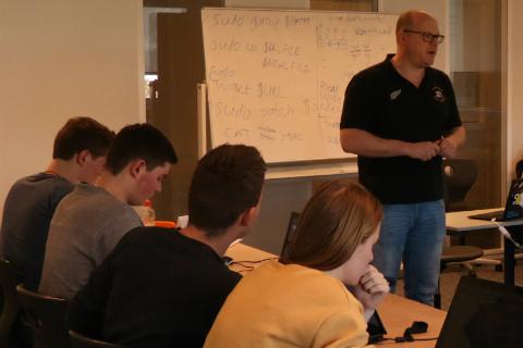 BIT geeft gastlessen voor IT-studenten van het ROC A12